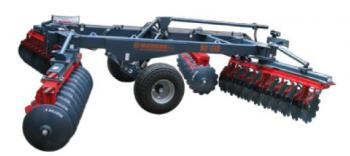 "Trailed x-offset disc harrow ""Master"""